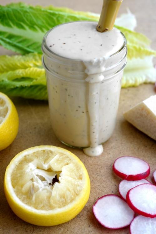 Creamy-Parmesan-Salad-Dressing